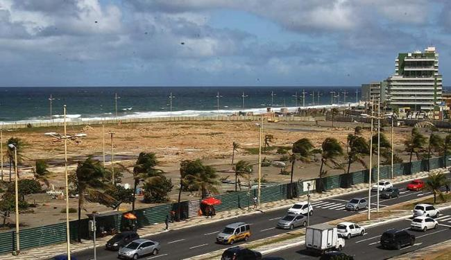 A praia da Boca do Rio está entre as impróprias para banho - Foto: Eduardo Martins   Ag. A TARDE