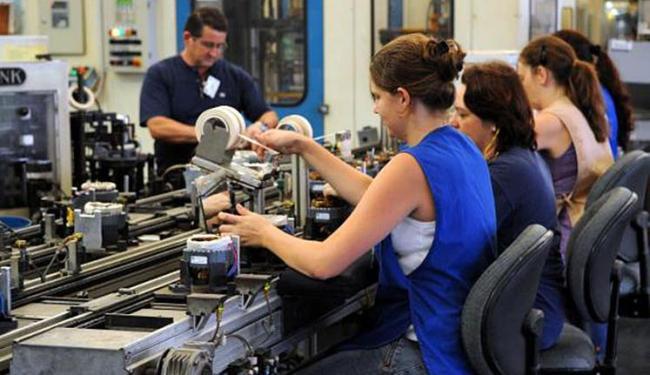 Dados revelam que 52% dos jovens está trabalhando - Foto: Wilson Dias | Arquivo Agência Brasil
