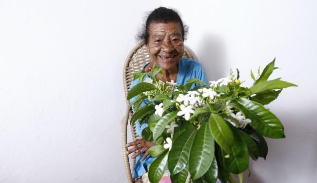 Júlia de Bizarro começou menina, benzendo seus vizinhos em  Nova Soure - Foto: Fernando Vivas   Ag. A TARDE