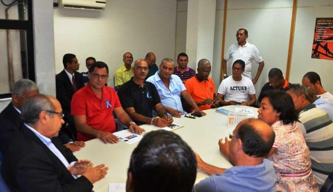 Sindicato e Setps durante reunião nesta sexta-feira, 13, na SRTE - Foto: Divulgação | Sindicato dos Rodoviários