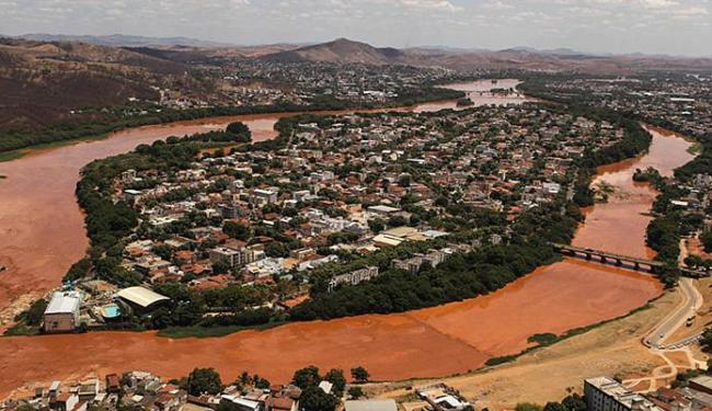 A circulação da lama causa danos ambientais por onde passa - Foto: Gabriela Biló l Estadão Conteúdo