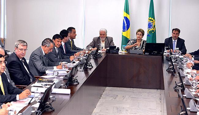 Governadores de estados nordestinos se reuniram com Dilma - Foto: Valter Campanato l Agência Brasil