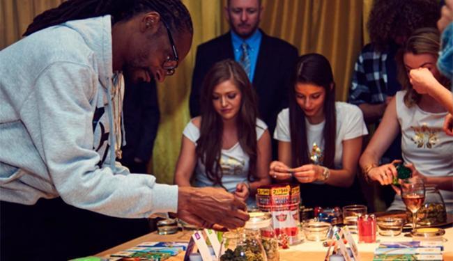 Snoop Dogg mostrou os produtos de sua empresa - Foto: Reprodução   Instagram