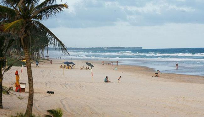 Área onde turista se afogou na praia fica próximo à Barraca do Lôro - Foto: Fernando Amorim   Ag. A TARDE