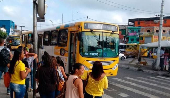 Foram antecipados ainda os pontos de partida de sete linhas antigas que passam na avenida - Foto: Edilson Lima | Ag. A TARDE