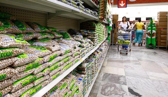O preço da cesta básica com os 35 produtos mais consumidos subiu 0,60% - Foto: Fernando Vivas l Ag. A TARDE