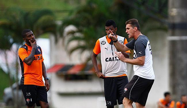 Mancini promete dedicação do time para jogo decisivo na Fonte - Foto: Eduardo Martins l Ag. A TARDE l 17.06.2015