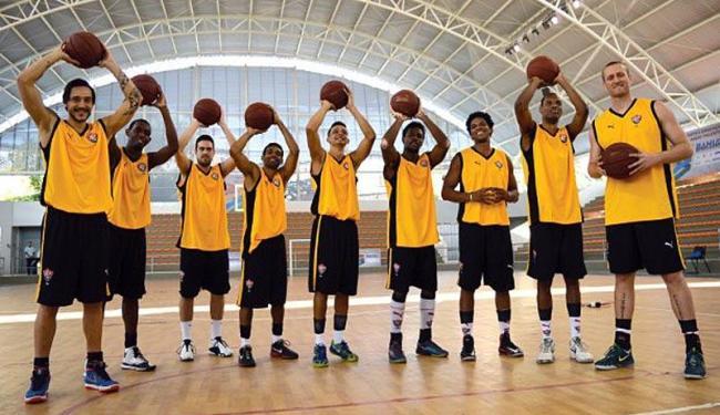Equipe segue treinamento para estreia na elite do basquete nacional - Foto: Francisco Galvão   ECV   Divulgação