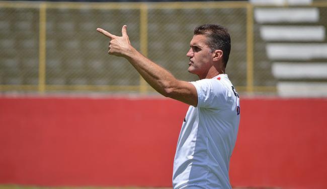 Mancini não poupou o ouvido dos seus atletas, que receberam 'bronca' pela má fase - Foto: Francisco Galvão l E.C. Vitória