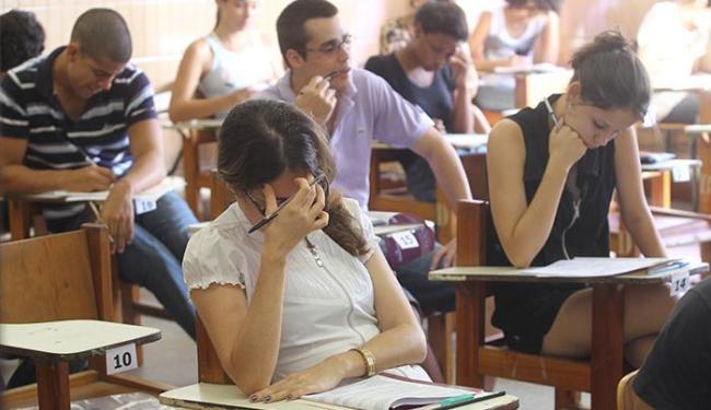 Em 2016.1, alguns cursos usarão a nota do vestibular da Uneb e outros, a do Enem - Foto: Lúcio Távora | Ag. A TARDE