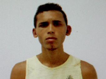 Uanderson é suspeito de roubo de carro. Ele não tinha passagem pela polícia - Foto: Edilson Lima | Reprodução