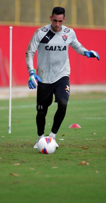 Gatito Fernández tem proposta de outros clubes, segundo seu empresário, mas quer ficar no Vitória - Foto: Joá Souza   Ag. A TARDE   08.06.2015