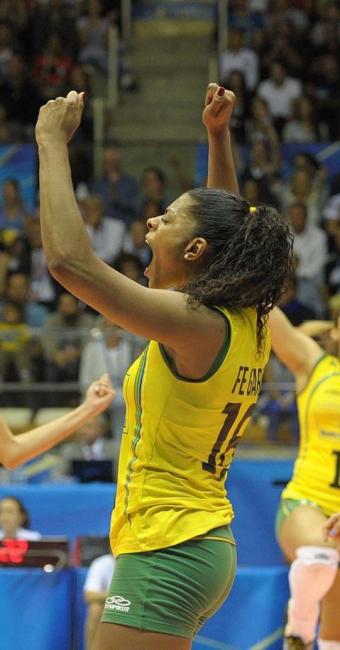 Fê Garay jogará fora do País porque estava sem espaço nas equipes brasileiras - Foto: Divulgação | FIVB
