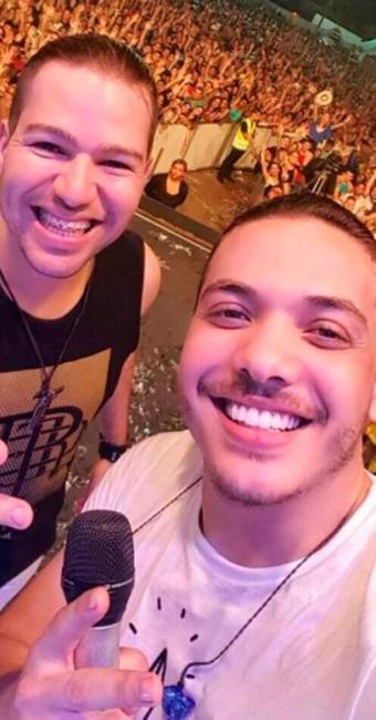 Fantin chegou a dividir o mesmo palco com Wesley Safadão - Foto: Reprodução | Facebook