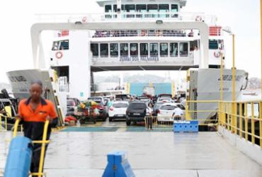 Tempo de espera para embarque no ferry cai para menos de 1h   Edilson Lima   Ag. A TARDE   30.10.2015