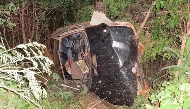 Motorista perdeu controle do carro durante ultrapassagem na BR-135 - Foto: Reprodução | Sigi Vilares