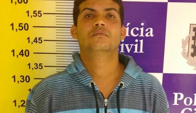 'Adelmo Cafetão' tinha ainda mandato de prisão por tentar matar um transexual nesse mês - Foto: Divulgação   Polícia Civil