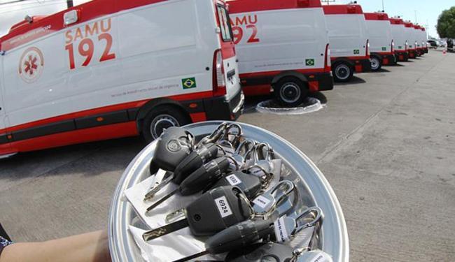 Entrega de veículos foi feita no pátio da Sesab, no CAB - Foto: Manu Dias l GovBA