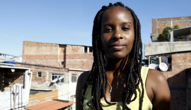 O coletivo promove debates nas ruas e escolas sobre a situação das minorias no Brasil - Foto: Fernando Vivas | Ag. A TARDE