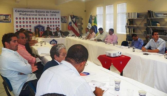 Presidente da FBF recebeu nesta terça-feira, 1º,os representantes dos 12 clubes da elite o Baianão - Foto: Divulgação | FBF