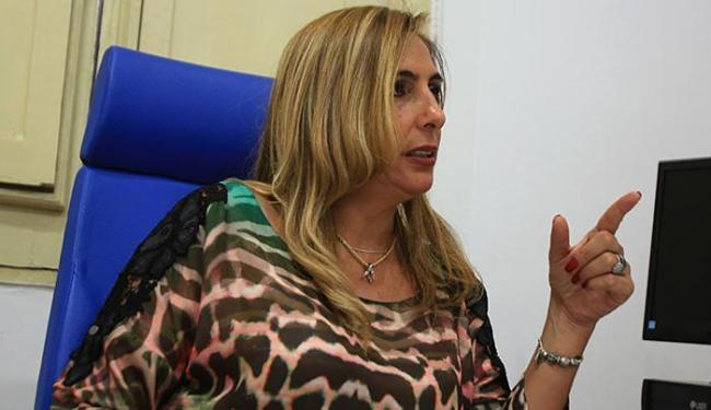 Delegada Carmen Dolores aguarda a mãe e o irmão de Daniela para depor - Foto: Joá Souza | Ag. A TARDE