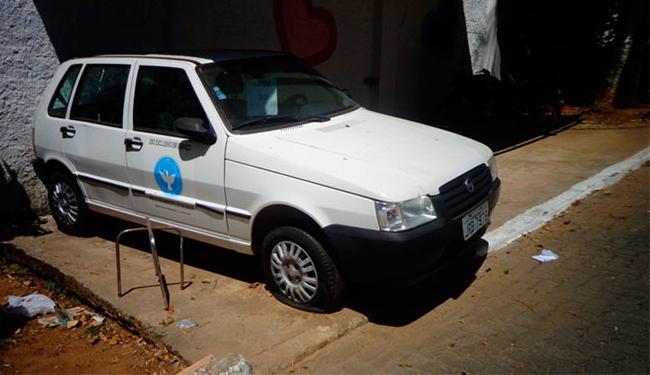 Um carro FIAT/ UNO MILLE 2007, modelo 2008, é o bem mais carro do leilão, com lance de R$3 mil - Foto: Reprodução