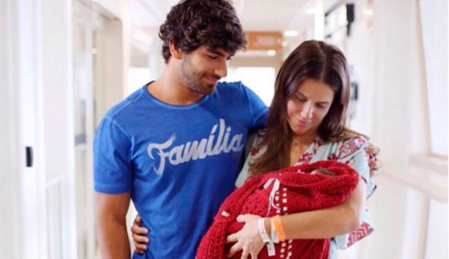 A pequena Maria Flor nasceu no dia 4 de dezembro - Foto: Reprodução | Instagram