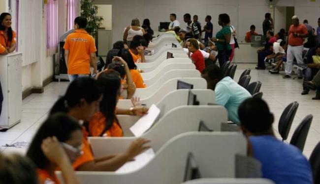 Renovação da carteira vai passar de R$120 para R$132 - Foto: Raul Spinassé | Ag. A TARDE