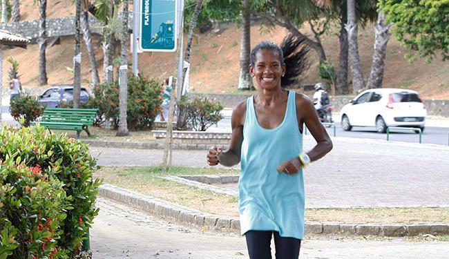 Giovana luta pra ir à São Silvestre - Foto: Edilson Lima | Ag. A TARDE