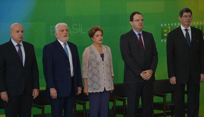 Presidente pediu a ministros que trabalhem com metas realistas e retomem o crescimento - Foto: José Cruz l Agência Brasil