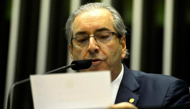 Presidente da Câmara faz a leitura dos documentos relativos ao pedido de impeachment - Foto: Valter Campanato l Agência Brasil