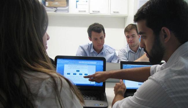 Empresa JR., da Escola de Administração da Ufba, oferece consultoria para empreendedores - Foto: Empresa Júnior   Divulgação