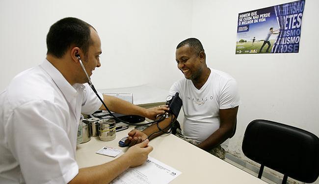 Para o cargo de enfermeiro, estão disponíveis 12 vagas - Foto: Raul Spinassé | Ag. A TARDE