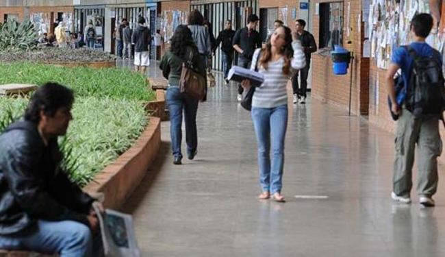 Estudantes brancos e da parcela mais rica da população ainda são maioria nas universidades - Foto: Agência Brasil