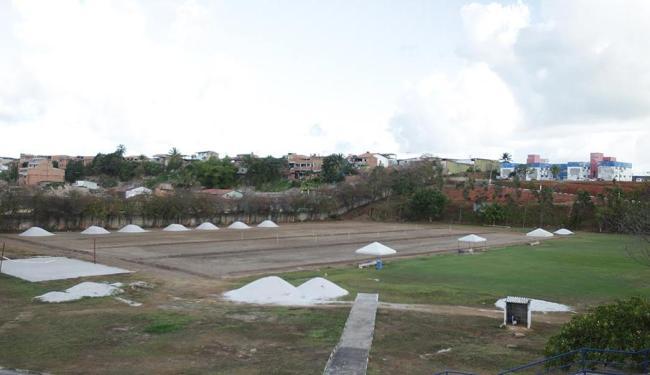 Refomas no CT do Bahia, recupera campo de futebol e instalações - Foto: Lúcio Távora | Ag. A TARDE | 16.12.2015