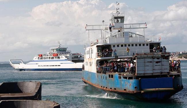 O tempo de espera no ferry pode chegar a 1h30 - Foto: Margarida Neide | Ag. A TARDE 04.01.2015