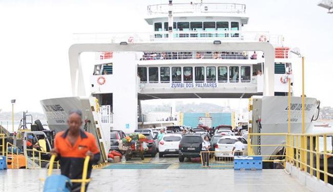 Sistema ferryboat vai contar com esquema especial de fim de ano - Foto: Edilson Lima   Ag. A TARDE