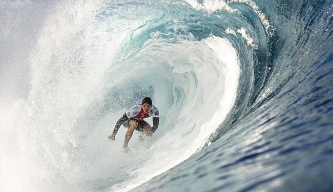 Gabriel Medina foi um dos melhores do dia nas ondas havaianas - Foto: Kelly Cestari l WSL
