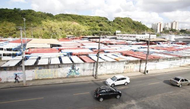 O sindicato da categoria não descarta uma paralisação após a primeira semana de 2016 - Foto: Edilson Lima | Ag. A TARDE