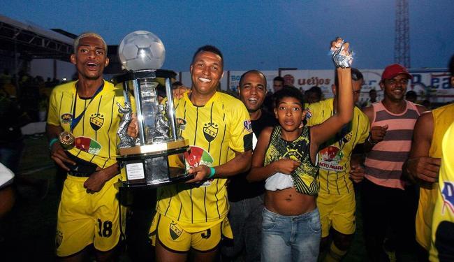 Seleção de Santo Amaro venceu por 3 x 1 a Seleção de Uruçuca - Foto: Luiz Tito | Ag. A TARDE