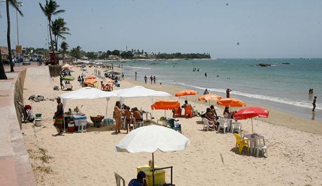 Itapuã foi uma das praias contempladas por iniciativa - Foto: Adilton Venegeroles   Ag. A TARDE