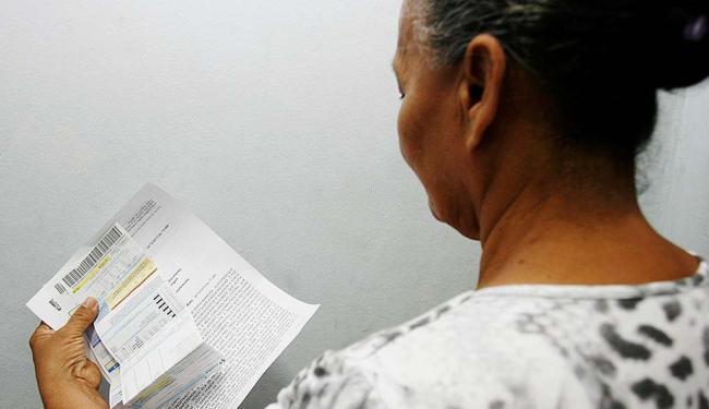 O ladrão levou todo o dinheiro que Marlene havia sacado para pagar contas - Foto: Mila Cordeiro   Ag. A TARDE   04.12.2015