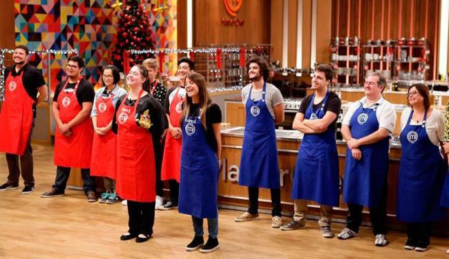 Divididos em equipes, os convidados terão que preparar um menu degustação natalino - Foto: Carol Gherardi e Marcello Morales/Band