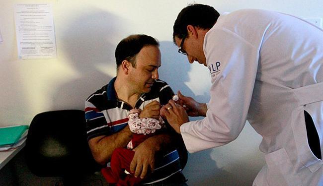 Mutirão examinou bebês com microcefalia nesta segunda-feira, 21 - Foto: Camila Souza l GovBA