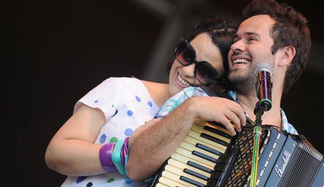 Tulipa e Jeneci fazem show juntos em Salvador - Foto: Caroline Bittencourt   Natura Musical   Divulgação