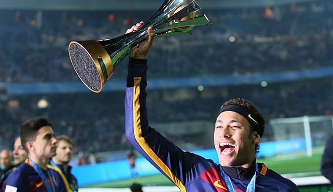 Neymar disse que foi um sonho realizado após título mundial do Barça - Foto: Eugene Hoshiko l AP Photo