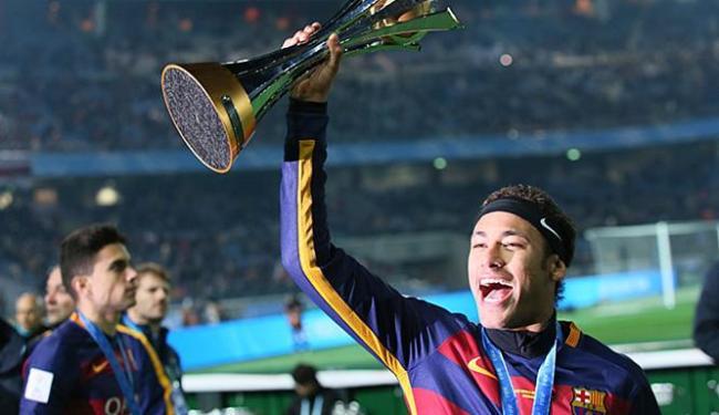 Presidente do Real Madrid quer que Neymar troque o Barcelona pelo time rival - Foto: Eugene Hoshiko l AP Photo