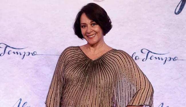 A atriz não está podendo falar - Foto: Reprodução | Inácio Moraes | Gshow