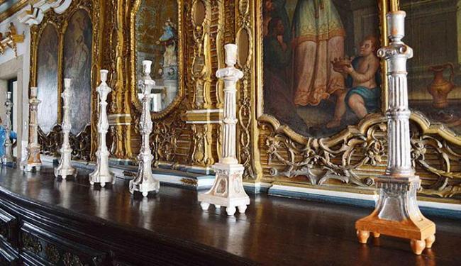 Primeira leva de objetos restaurados pertencentes à paróquia foi entregue nesta quarta-feira, 9 - Foto: Jefferson Vieira l Ag. A TARDE