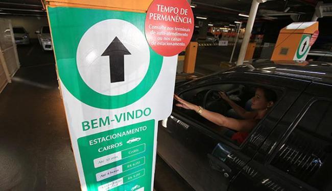 Centros, como o Salvador Shopping, fazem promoções nos estacionamentos - Foto: Joá Souza l Ag. A TARDE